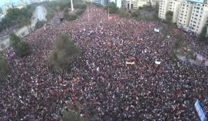 Manifestazione cile Piñera